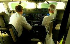 """Iš Vilniaus pakilo pirmasis pasaulyje orlaivis """"Bombardier CS300"""""""