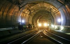 Šveicarijoje atidaromas per 69 metus užbaigtas ilgiausias pasaulyje tunelis
