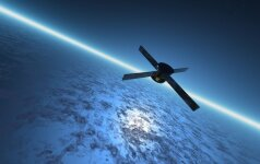 Dirbtinis palydovas virš Žemės