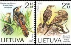 Saugomų paukščių atvaizdai papuoš du pašto ženklus