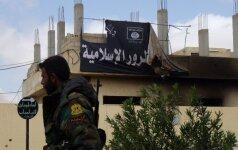"""Prancūzijoje teisiami septyni prie """"Islamo valstybės"""" prisijungę asmenys"""
