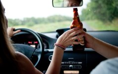 Ekspertų išvada: alkoholio draudimai turi būti nukreipti visai kita kryptimi