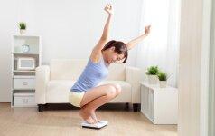 Nustebsite, kaip papildoma miego valanda veikia jūsų svorį