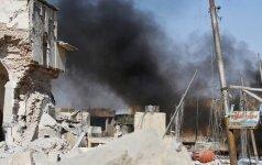 Sirijos paliaubų zonoje esantis sukilėlių miestas atakuotas aviacijos