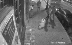Policija paviešino vaizdo įrašą, kaip Naujajame Orleane apiplėšiami turistai