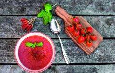 8 receptai tiems, kurie mėgsta aštrų maistą (+pipirų gidas)