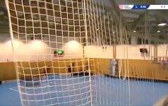 Čekijoje įgriuvo neseniai atidarytos sporto salės stogas