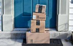 """""""Amazon"""" šiais metais Britanijoje sukurs 5,000 naujų darbo vietų"""