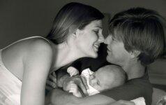 Seksas po gimdymo: 7 priežastys, kodėl viskas jau kitaip