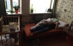 Saviečių tragedija neišmokė: pranešusi apie smurtą, namuose su girtu tėvu paliko vaiką