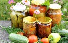 Ši daržovių mišrainė žiemą taps nepakeičiama – skaniausia gardinti sriubas, troškinius, pyragus ir garnyrą