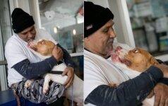 Jaudinanti istorija: vyras sugrįžo pas prieglaudoje jo laukusį šunį