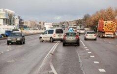 Vairuotojų sostinėje laukia pokyčiai: naikina kairiuosius posūkius avaringiausioje gatvėje