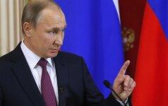 """V. Putino kritikas išvyko iš Rusijos gydytis po """"apnuodijimo"""""""