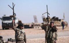 JAV remiamos pajėgos Sirijoje susigrąžino ketvirtadalį Rakos miesto