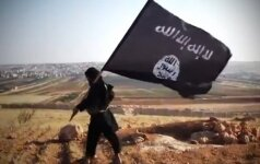 Švedijos pilietis pasiųstas už grotų dėl žinučių feisbuke, raginančių finansuoti džihadistus