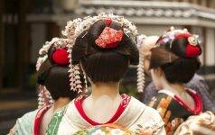 Japonijos darbo rinka: susilaukusi vaiko moteris turi išeiti iš darbo