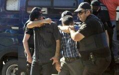 """""""Amnesty International"""": Turkijoje suimti įtariami perversmininkai yra kankinami"""