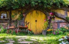 Hobito namas arba gidas, kaip pasistatyti būstą iš natūralių medžiagų