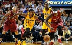 NBA: suklupo abu čempionato lyderiai, D. Motiejūnas nepakilo nuo suolo