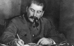 Mirė Stalino anūkas A. Burdonskis