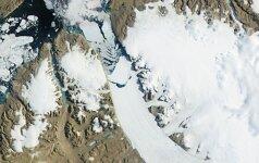 Nuo ledyno Grenlandijoje atskilo didžiulis ledkalnis