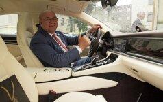 Visvaldas Matijošaitis ir jo naujasis Porsche