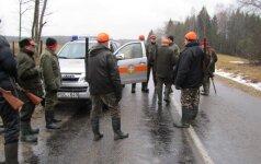 Kai kuriems savaitgalis buvo nuostolingas: mokėjo baudas už medžioklės pažeidimus
