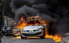 Protestai Prancūzijoje kartais sveiku protu nesuvokiami