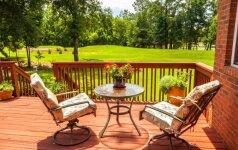 Kas geriau: medienos ar plytelių terasa?