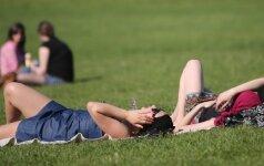 Karščio ir saulės iššūkiai grožiui: kaip išvengti nemalonių pasekmių