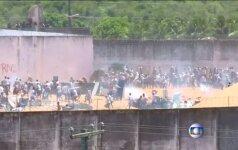 Brazilijos kalėjimuose – kruvini besivaržančių gaujų susirėmimai
