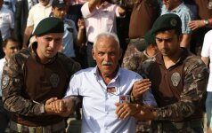 Turkijoje - nauja sulaikymų banga