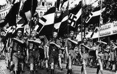 """Vaikystė šalia Hitlerio: kol vienus vaikus žudė, kiti augo """"šiltnamyje"""""""