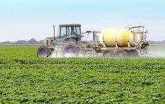 Perspėja dėl augalų apsaugos produktų: naudokite atsakingai