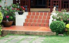 Sužinokite, kokiais lauko laiptais patogu naudotis ir vasarą, ir žiemą