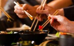 Ar išdrįstumėte prisėsti prie kinų Naujųjų metų stalo?