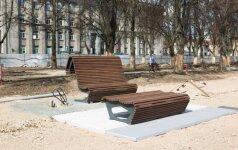 Įžengėme į rekonstruojamą Lukiškių aikštę: kas jau nuveikta ir koks senų medžių likimas?