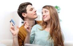Asmenines išlaidas su sutuoktiniu dažniau derina moterys