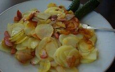 Žemaitiška vakarienė: keptos bulvės su mėsa