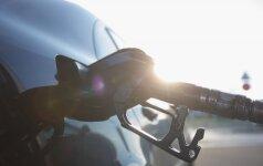 Pirmą kartą šiais metais naftos kaina perkopė 50 JAV dolerių už barelį