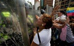 Venesueloje per opozicijos paskelbtą streiką žuvo du žmonės