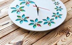 Pasidaryk pats: spalvotas laikrodis