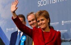 """Dar ne pabaiga: Škotija gali vetuoti """"Brexit"""""""