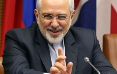 Derybos su Iranu. M.J.Zarifas