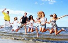 Jaunimo atostogos svetur: ten laiko miegui tikrai nebus