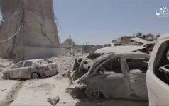 Islamo valstybės vaizdo įraše užfiksuoti Mosulo minareto griūvėsiai