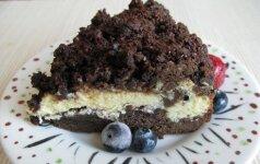 NEĮMANOMA ATSISPIRTI: šokoladinis varškės pyragas su pora šaukštų ypatingo ingrediento