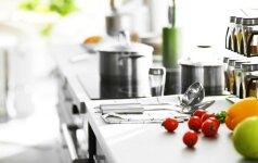 Kaip laimėti karą su netvarka virtuvės spintelėse