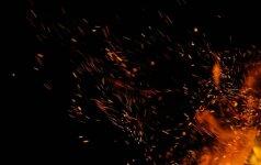 Priešgaisrinė sauga ir atsparumas ugniai: ar galime būti ramūs, kad namai nesupleškės?